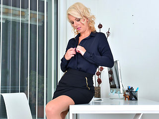 Luci Angel in Blonde Secretary - Anilos