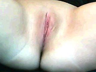 Masturbation close up Tamara big clit