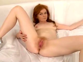 Ideal Teenie Is Gaping Spread Pussy In Close Range And Cummi