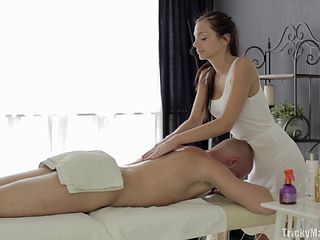Hot and slim masseur likes pleasuring her hung client's big cock