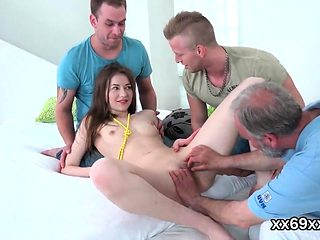 Doctor observse hymen physical and virgin girl plowing