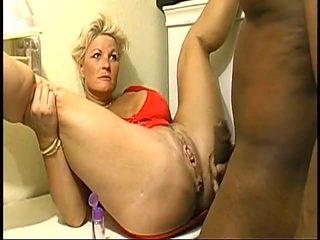 Blanche a black enculee