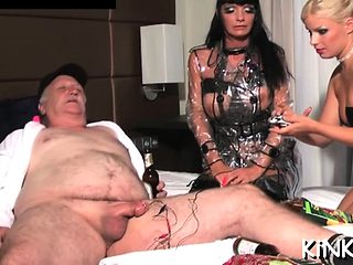 Erected wang goes right into dominatrix-bitch ready to go