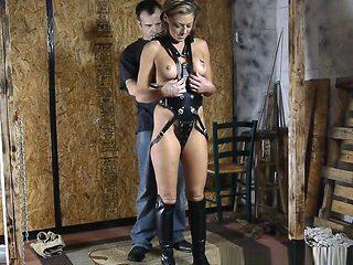 Futile Leather Harness fitting