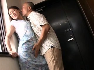 Sultry older japanese floozy enjoys some lewd finger fucking