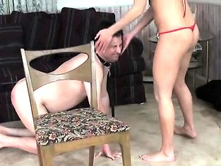 Beautiful dominatrix gets her arse licked by lover