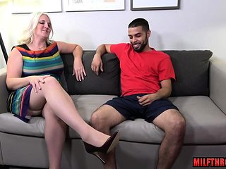 Hot mature blowjob with cumshot