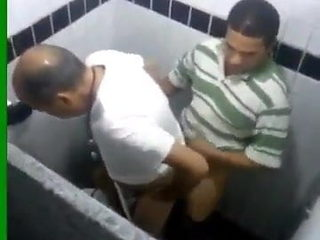 An arab doctor being fucked in Oran hospital