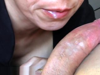 (POV) BLOWJOB IN BORING AFTERNOON (CUM IN MOUTH) xxxToca-t