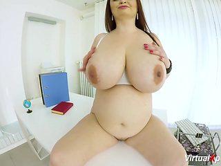 pregnant BBW babe fingering