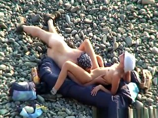 Blowjob and pussy eating at beach