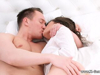 Picture a perfect morning when you are in bed with Lizi