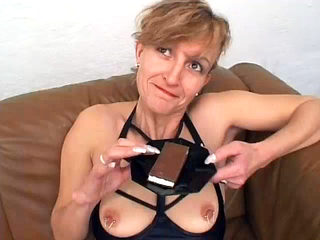 German Mature Eats Cum Before Anal