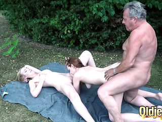 Revitalizing that old dick with a threesome