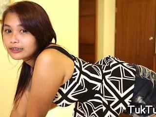 A Guy Scores A Slutty Asian Babe Video