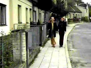 German schoolgirls (Kruppe)