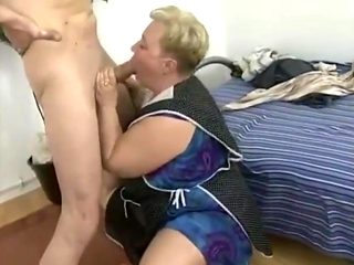 chubby slut fisted
