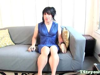 Smalltits amateur trans tugging her cock solo