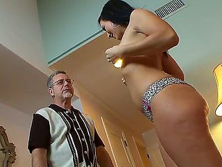 Babysitter Ashli Orion makes ex with her boss old guy Jay Crew. This man forgot about sex, but th...