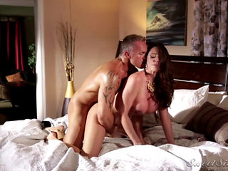 Ariella Ferrera Hot Devorcee Meet A Devorce Man