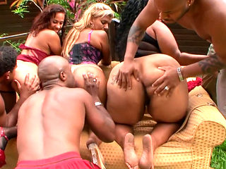 Outdoors Anal Porn Orgy