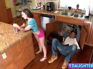 Teen With The Most Perfect Ass Bangs A Horny Plumber