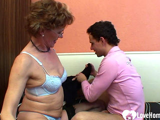Older Woman In Stockings Seduces A Horny Dude
