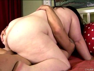 Super sexy BBW loves fucking and a big old facial cumshot