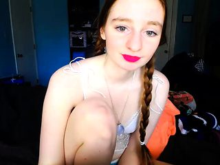 teen cutie redhead Fucking on live webcam