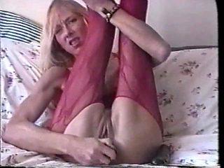 Who is this skinny blonde amateur freak??