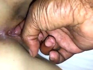 Im playing with turkish pussy