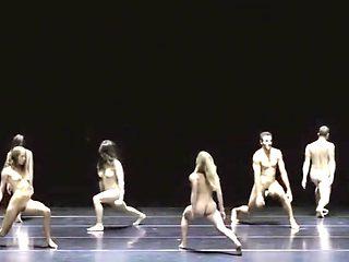 Naked on Stage 155 Doris Uhlich Naked Dans