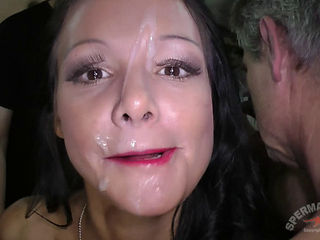 Anna And Julie Skyhigh Bukkake - Gangbang
