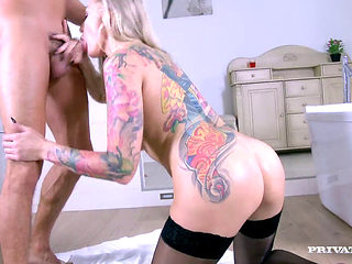 Kayla Green Enjoys Anal With Young Guy