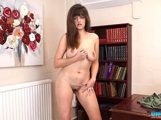 British cutie with big naturals strips and dances