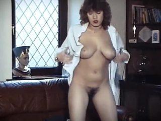THINK I'M SEXY? - vintage British striptease dance