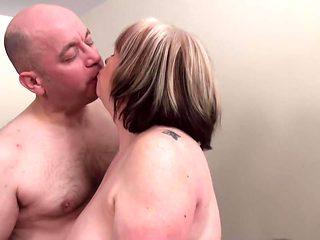 Bi Threesome part 2