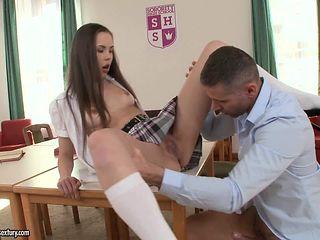 Pantyless schoolgirl Abril in short skirt