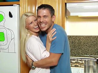 Stacked blonde beauty Anikka Albrite enjoys her first double pounding