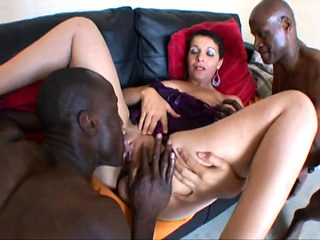 French mature Sophia has tried 2 black cocks