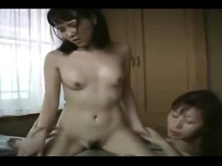 STP7 A Very Close Knit Japanese family (Uncensored) !
