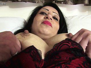 Mature solo masturbation and dildo fucking sex session
