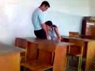 turkish girl stutend oral sex