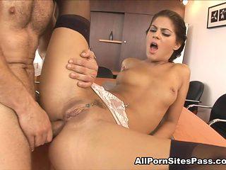 Defrancesca Gallardo in Anal Fucking In The Office Video - AllPornsitesPass