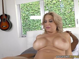 alyssa lynn takes bbc in front of her son