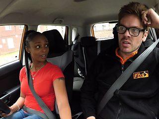 Natural busty ebony fucks instructor in his car