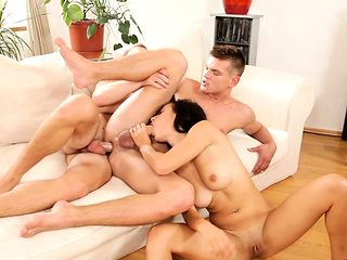 Bi studs assfucking in mmf threesome