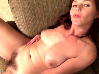 Hairy American mature mother with nice ass and pussy
