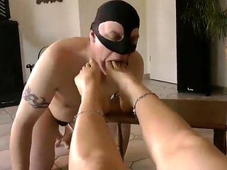 Pleasing Your Mistress