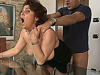 Roberta - Mature Italian-english Slut